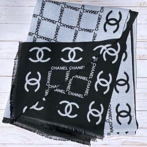 CHANEL Accessories - Chanel Wool cashmere scarf
